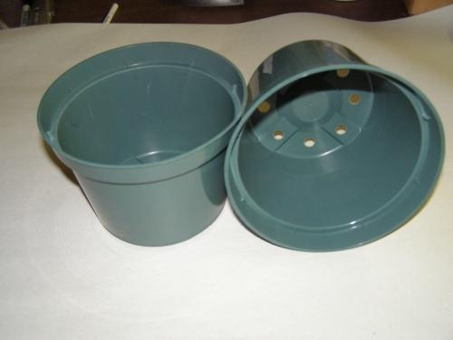 Green Plastic Azalea Pot 10 In